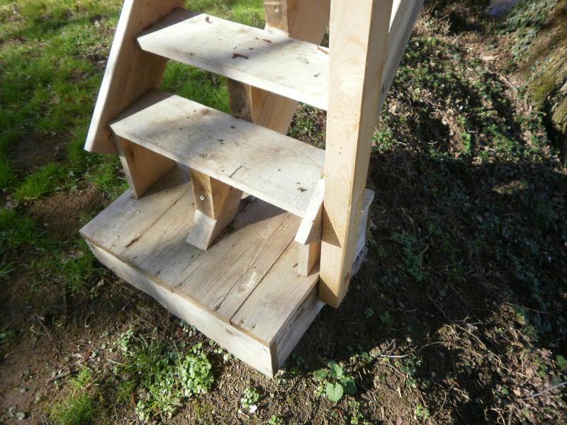 le forum de la cabane et des habitats alternatifs ma cabane perch et mon futur garage. Black Bedroom Furniture Sets. Home Design Ideas